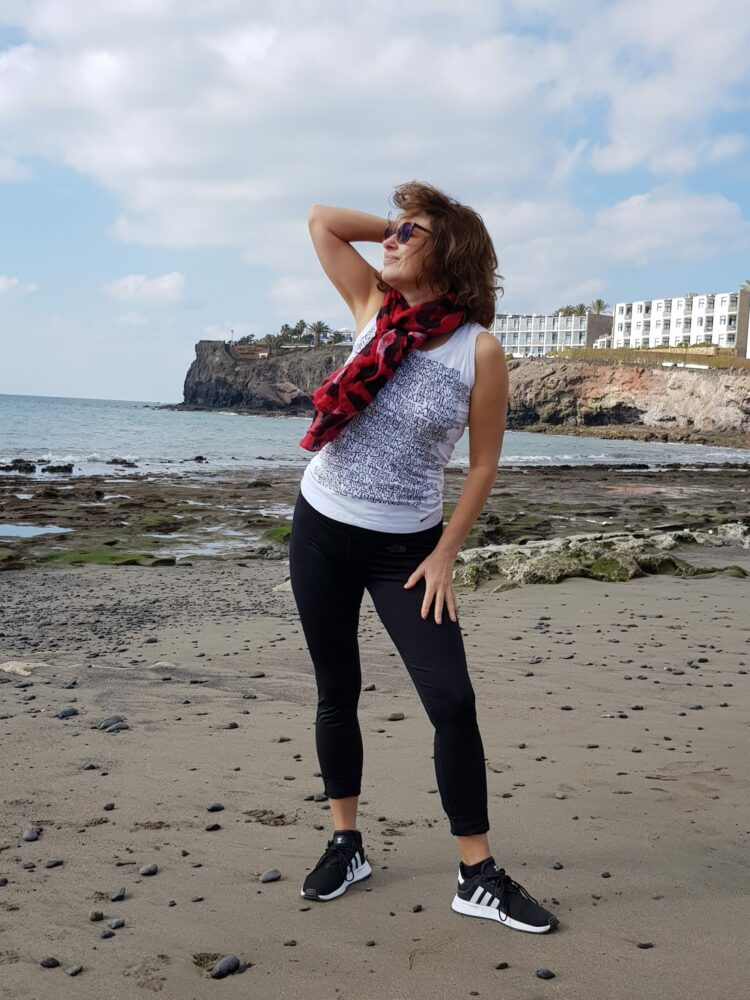 Lower your biological age and feel younger - healthy lifestyle on the beach