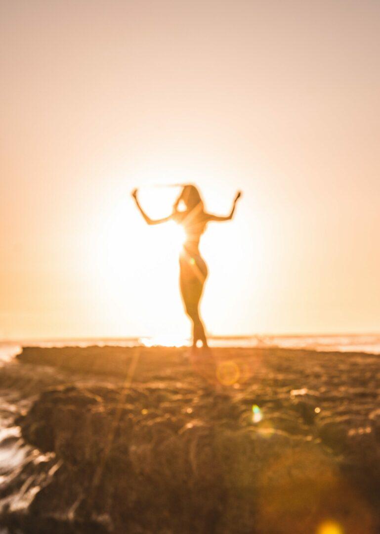 Biorythmus wird von den Sonnenstunden bestimmt. Du schläfst gut, wenn Du ausreichen draußend bist.